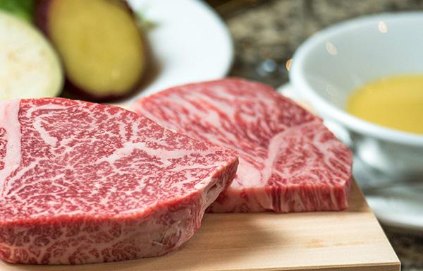 神戸や京都で店舗を構える神戸牛ステーキレストラン【モーリヤ】の魅力をご紹介!~鉄板焼きで良質なお肉を提供~