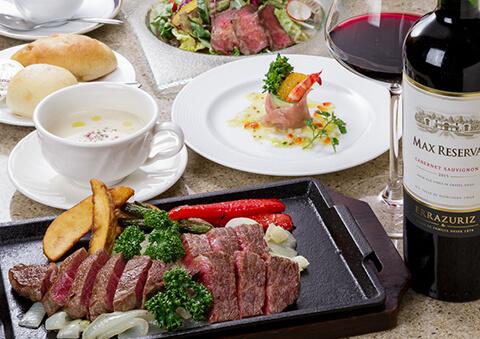 焼肉ダイニングで提供される神戸牛ステーキ