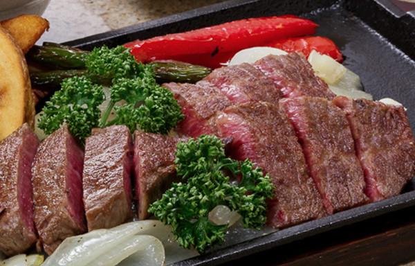 老舗で神戸ビーフを堪能するなら【モーリヤ】へ~A5ランクのお肉をステーキでご提供~